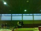 gym plusieurs salto sur trampoline
