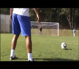 Tira-teima: Marcelinho Carioca testa Jabulani, a bola da Copa