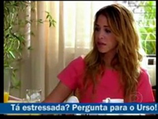 Primeira aparição do Pergunte ao Urso na novela Caminho das Índias (Globo)