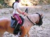 Sarah et Dourga sautent