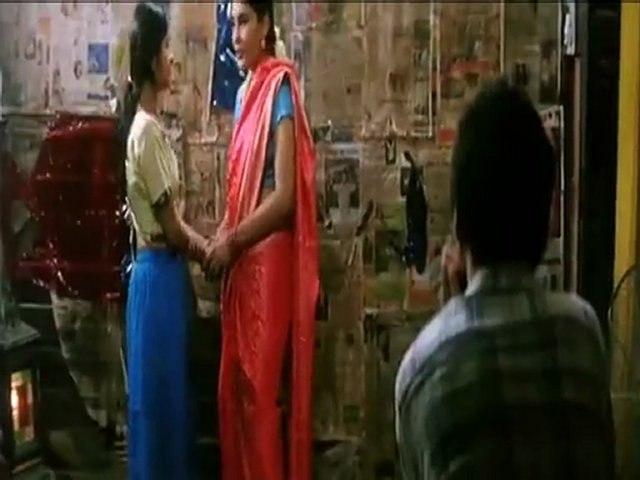 Girls Kissing-Dil Dosti Etc