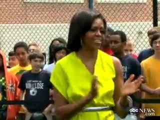 """Michelle Obama balla il """"dougie"""""""