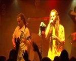 """Danakil chante leur titre """"Marley"""" au Cabaret Sauvage"""