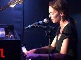Claire Keim : çà dépend en live dans le Grand Studio RTL  présenté par Eric Jean Jean