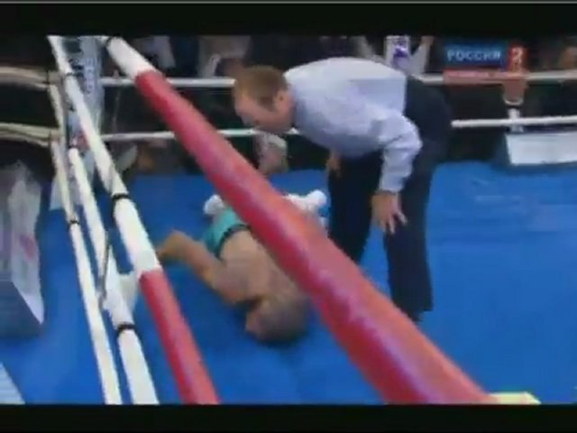 Roy Jones Jr Knocked Out Cold in 10th Round By Denis Lebedev