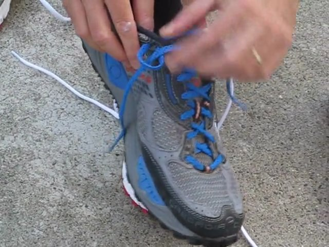 Pieds et chaussures en course à pied...