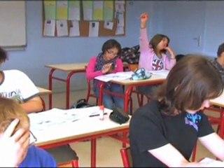 Visio-enseignement au collège de Puisaye dans l'Yonne