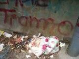 Aversa - Ancora rifiuti nel parcheggio del Parco Pozzi