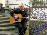 Connan Mockasin en session acoustique (2/2)