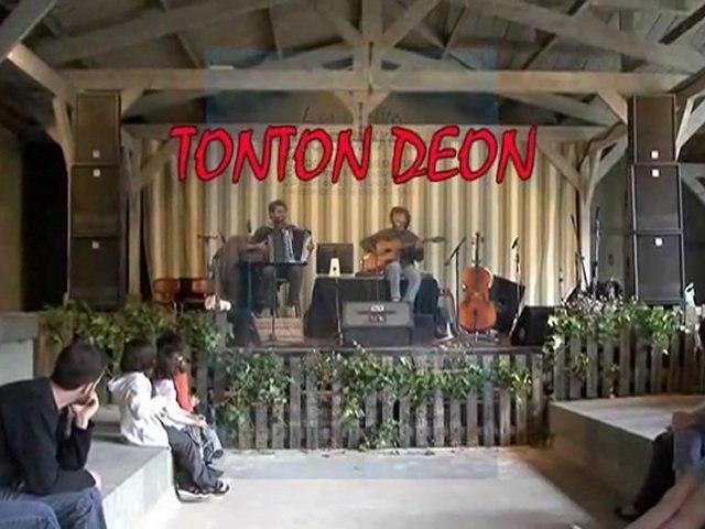 """Tonton Déon aux """"Petites Lessives"""" 2011"""