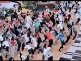 Million dollar Flash Mob in Singapore / Changi airport.