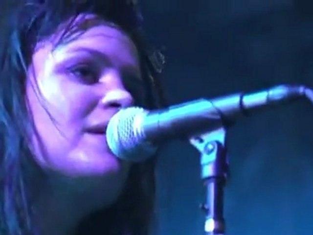 "THE KILLS ""The Last Goodbye"" (Live 2011)"