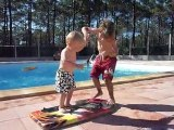 20110529 Romain et Nico piscine Lacanau