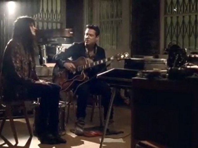 """THE KILLS """"Pots and Pans"""" (Acoustic)"""