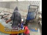 Pescadores del muelle de San Andres no trabajan por fuerte oleaje