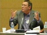 """17-Echanges avec la salle lors de la table ronde au colloquedu 11 juin 2011, sur le thème """"Que faire de l'Union européenne ?""""."""