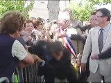 Man grabs Sarkozy and is wrestled to the ground