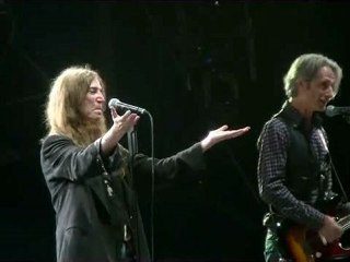 """Patti SMITH -""""Free Money, Ghost Dance,Because the Night"""" - Fête de l'Humanité 2012 - 15/09/2012"""