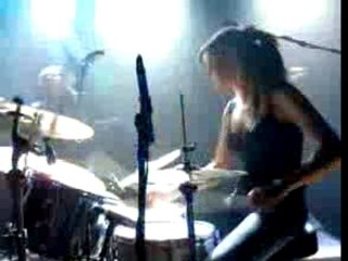 Isolde Lasoen - drummer of Billie King