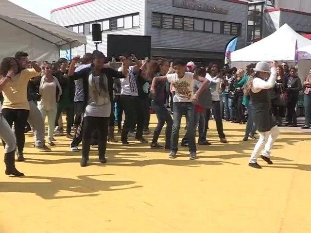 Happy UPEC : Le flashmob