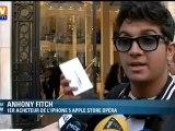 Le premier acheteur de l'iPhone à l'Apple Store d'Opéra