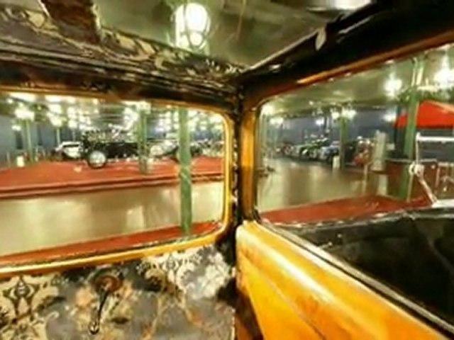 Visite virtuelle de la Cité de l'Automobile