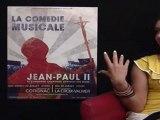 La chef de choeur de la comédie musicale JEAN PAUL II