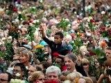 Oslo: 150.000 roses en hommage aux victimes