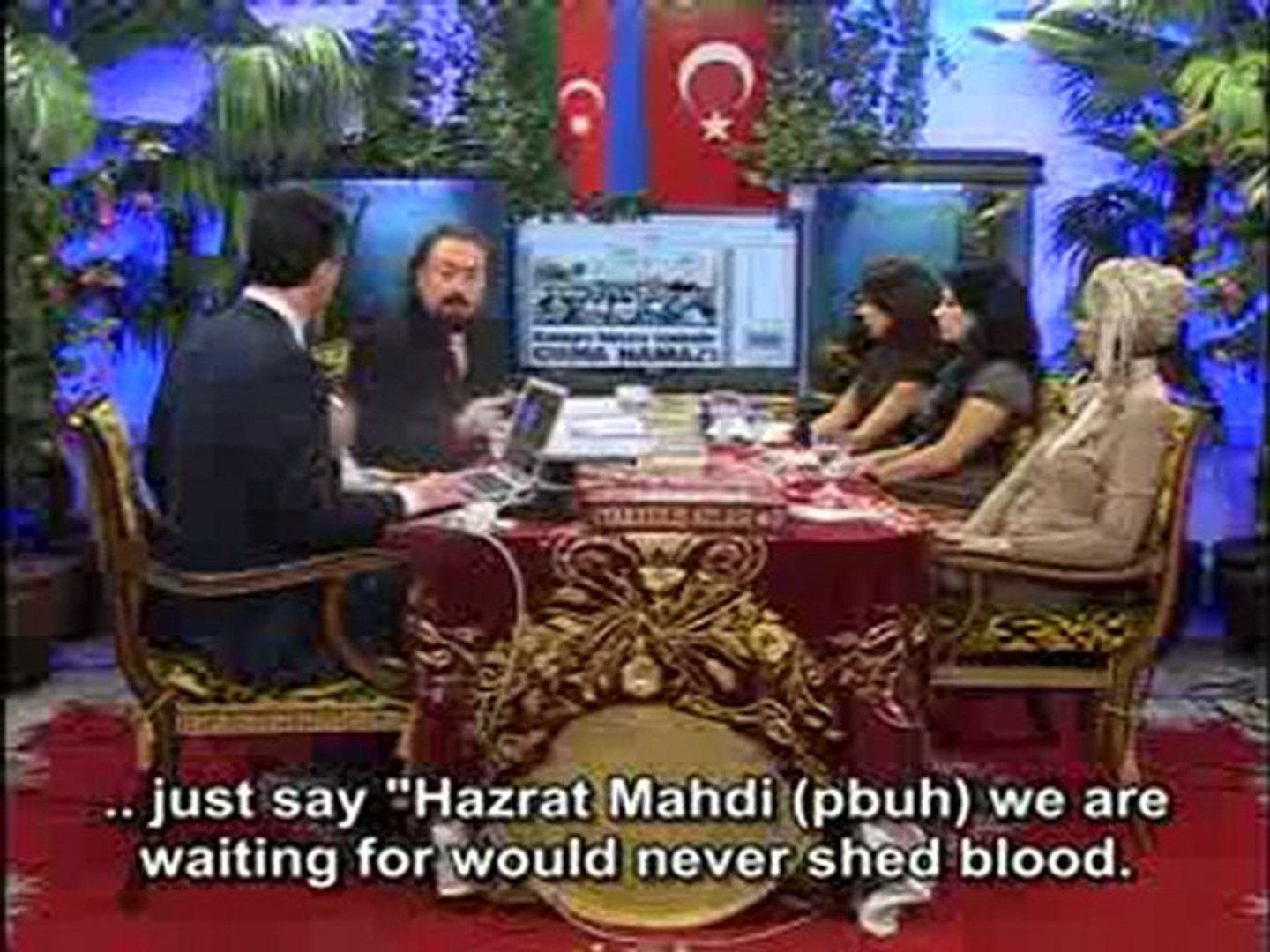 Muslims should explain the fact that Hazrat Mahdi (pbuh) will not spill blood thoroughly to the whol