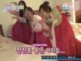 f(x)- The Crazy f(x) Girls Dancing