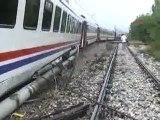 Doğu Ekspresi treni raydan çıktı
