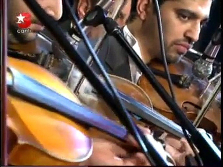Sesliskype.net. Ibrahim Tatlises - Ne Faydasi Var
