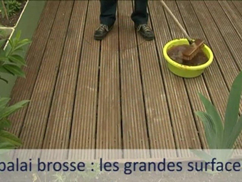Produit Pour Nettoyer Terrasse En Bois comment entretenir une terrasse en bois ?
