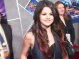 Justin Bieber and Selena Gomez in Wizard Of OZ