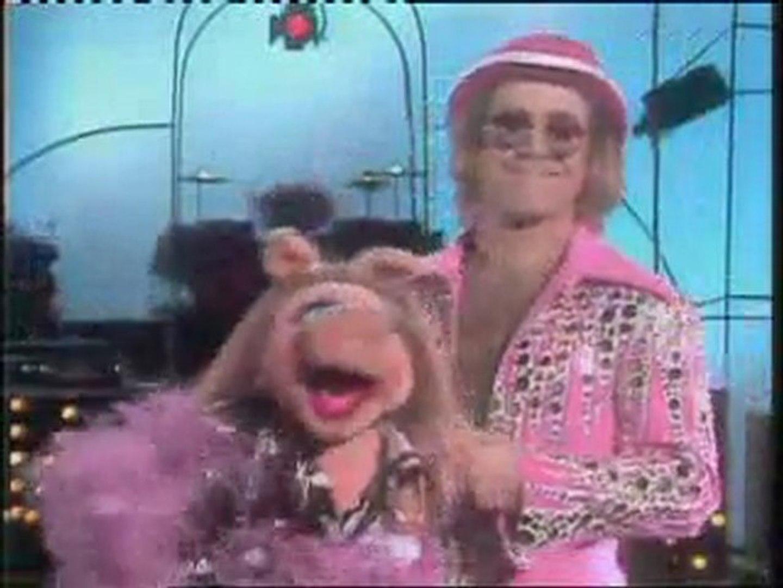 Peggy la cochonne et Elton John - Don't go breaking my heart