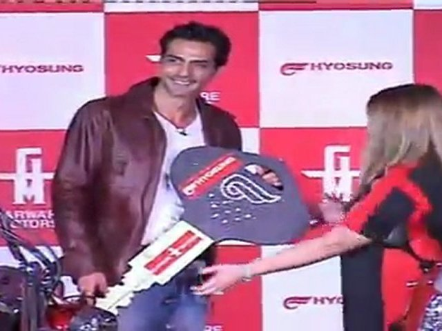 Handsome Arjun Rampal Unveils Hyosung Super Bike In India