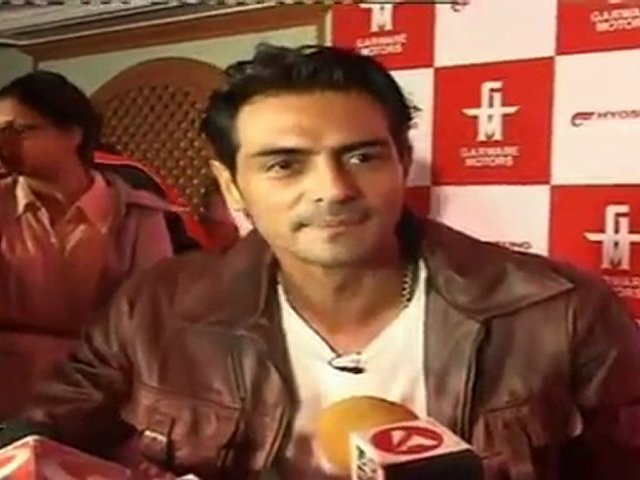 Dashing Arjun Rampal Launches First Hyosung Super Bike In India