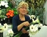 Réalisez un bouquet de fleurs noir blanc avec Aquarelle