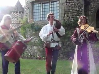 Les Troubadours d'Alienor - Gavottes - Cornemuse, cistre, Vièle à archet