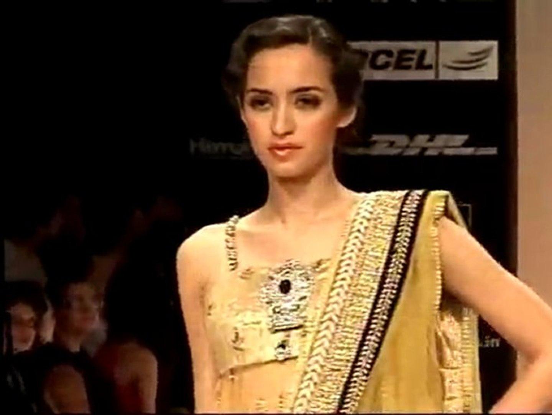 LAKME FASHION WEEK Payal Singhal Fashion Show
