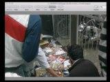 Hollanda, Lahey'de (Den Haag) ücretsiz Harun Yahya kitapları dağıtımı
