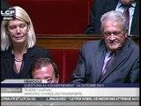 Thierry Mariani ministre des transports répond à une question du député Gérard Charasse