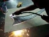 Corte de una pieza de acero a mano / Corte por plasma