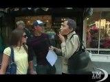Follie per Halloween: arriva maschera del politico a luci rosse. Anthony Weiner travolto da uno scandalo a luci rosse