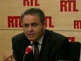 """Xavier Bertrand, ministre du Travail, de l'Emploi et de la Santé : """"Montebourg sera-t-il constant dans ses déclarations vis-à-vis de Hollande ?"""""""