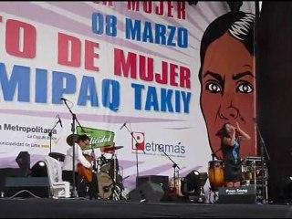 Homenaje por el Día Internacional de La Mujer en la plaza San Martin