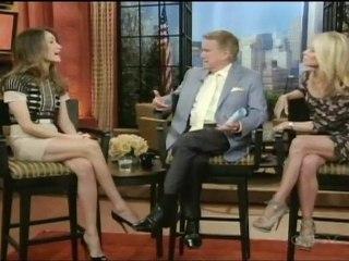 Regis & Kelly - Maggie Q - Featurette Regis & Kelly - Maggie Q (Anglais)
