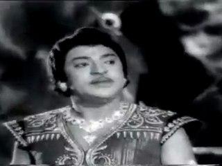 Mani Makutam - SS.Rajendran Punishing a Traitor