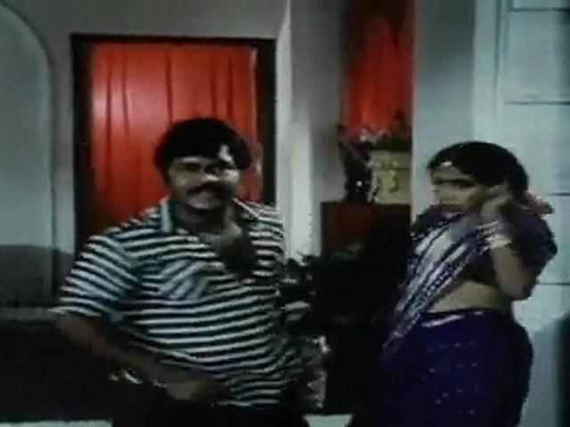 Paartha Gnyabagam Illayo - Anand babu saves Ramyakrishna
