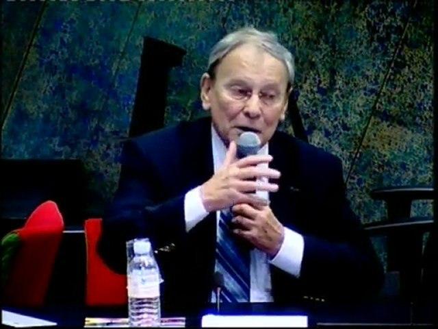 """Gérard Férey : """"Chimie… du Diable ou du Bon Dieu ?"""", un Entretien d'Issy à revivre avec Issy.tv"""